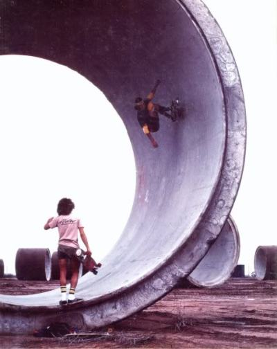 josemcilrath:  Alva & Hackett ride Ameron Pipes in Arizona, 1977