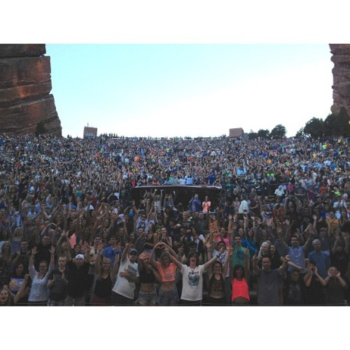 The beautiful people #redrocks #redrocksseason #paperroutetour
