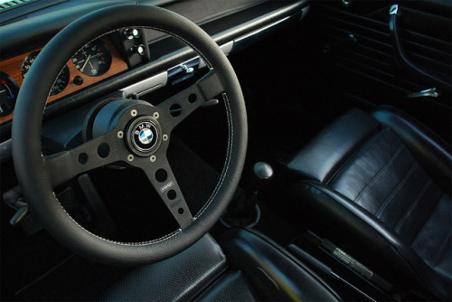 planet-two:  BMW 2002 by benlauis on Flickr.