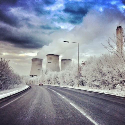 #cold #icy morning today whilst driving to college 🗻… #iphonesia #photooftheday #instagood #iphoneonly #jj #love #igers #sky #instagramhub #instamood #iphonography #iphonegraphy #tweegram #bestoftheday #picoftheday #cute #igdaily #me #girl #instadaily #webstagram #sunset #food #followme #snow #architecture #clouds #smoke