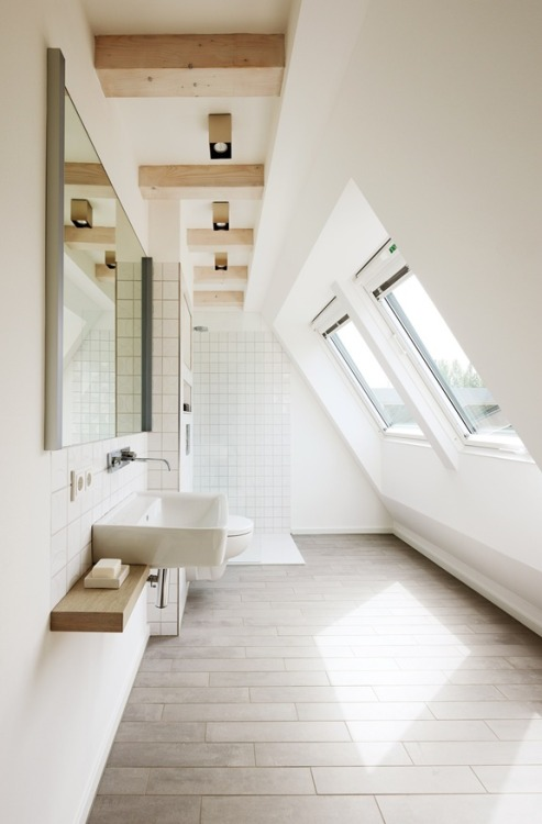 myidealhome:  contemporary attic bathroom