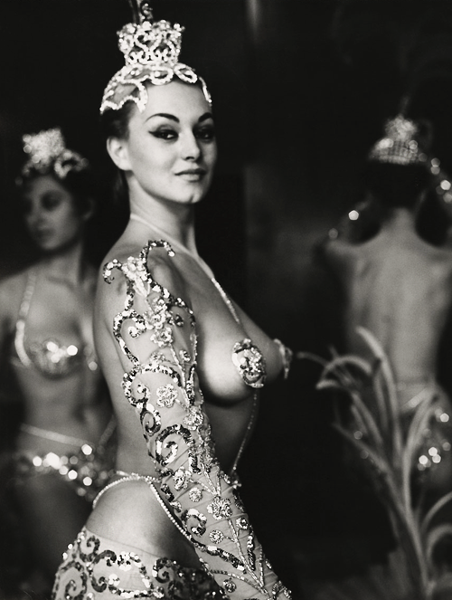 vintagegal:  Parisian Latin Quarter chorus girls photographed by Peter Basch c. 1950s