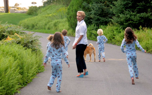 fallonelizabeth:  Carolina Herrera and grandchildren