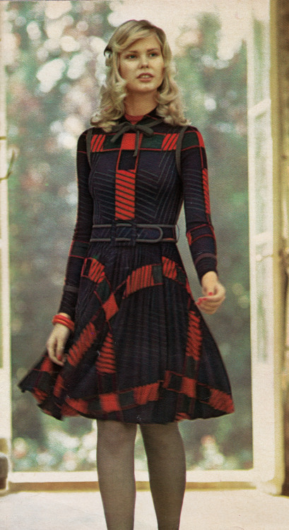 featherstonevintage:  Ulrique Jours de France - Winter 1972