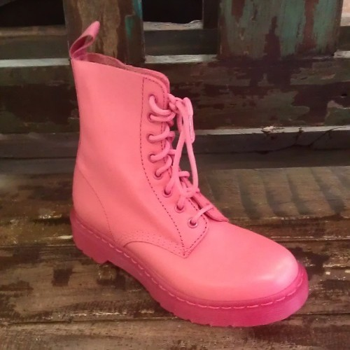 Pink Monochrome Dr. Martens are in! #pink #drmarten #docs #boots #monochrome #fashion #classic #style #leather #shoes #abbadabbas #l5p @drmartensofficial