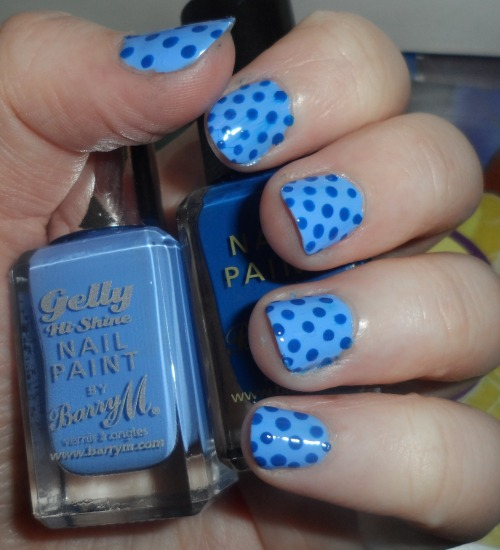A tad messy cause I rushed, but yay dotty nails!