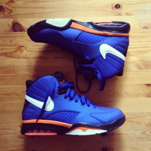 Here's a better look. Nike Air Flight Maestro. #igsneakercommunity #nike #sneads #sole #thewolfreport #solesupremacy #solecollector #pippen #knicks