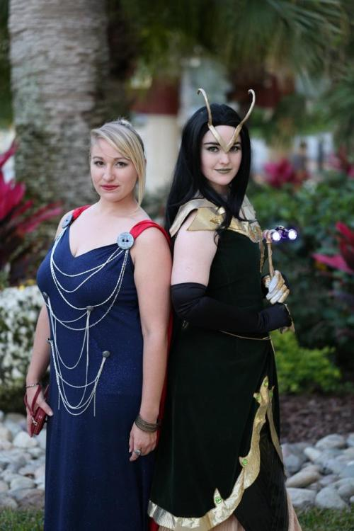 necroticnymph:  Sisters of Asgard Loki - NecroticNymph Thor - Samskinuity Designs by ToughTink Photo by David Hennis  ♪ Sisters, sisters There were never such devoted sisters……Lord help the mister who comes between me and my sister And lord help the sister, who comes between me and my man ♪ (that song really has nothing to do with anything. this picture just got it stuck in my head….)