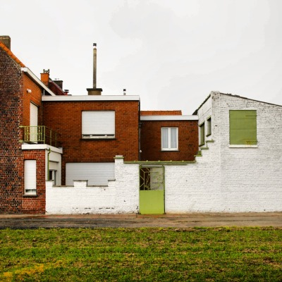 uglybelgianhouses:  Kelly's House Extensions. 100% permanent.