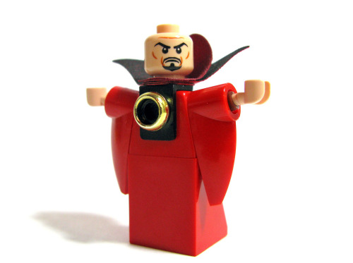 legozz:  Ming the Merciless (by Sir Nadroj)
