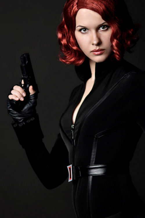 comicbookcosplay:  Black Widow Submitted by karenscarlet1 [karenscarlet.deviantart.com]