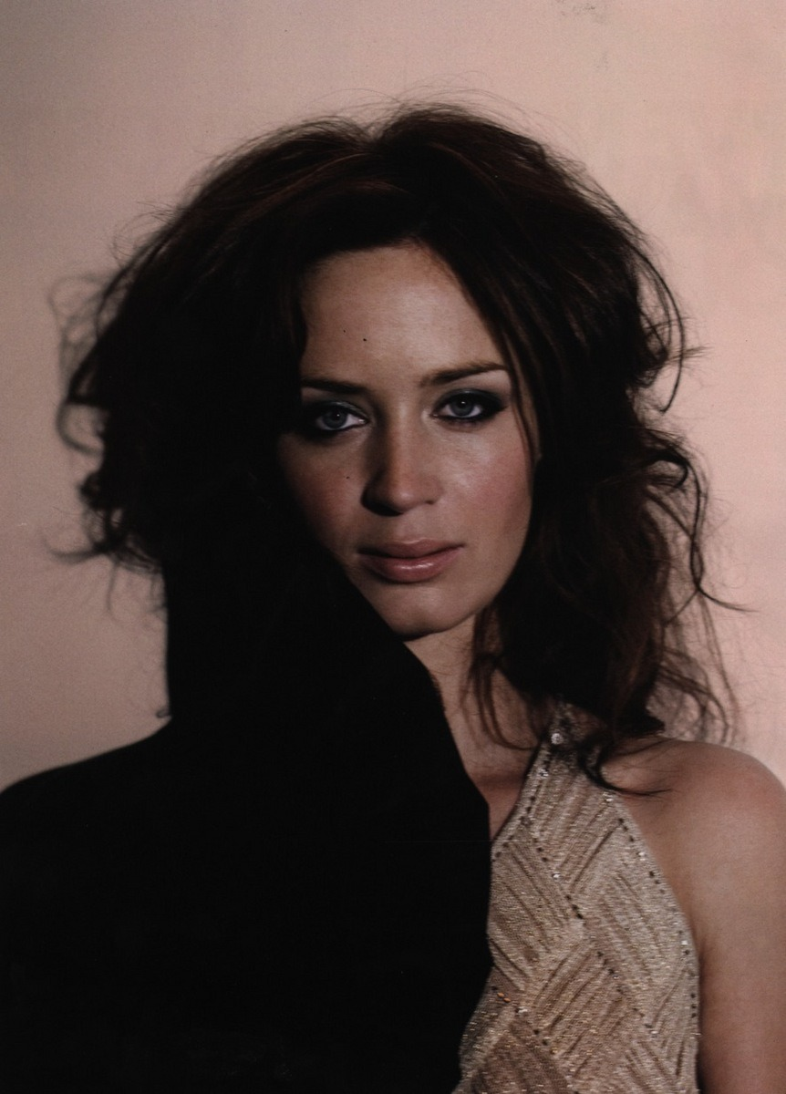 localshop:  Emily Blunt Photographed by Patrick Hoelck for Mean Magazine