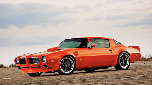 1976 Pontiac Firebird Trans Am restomod