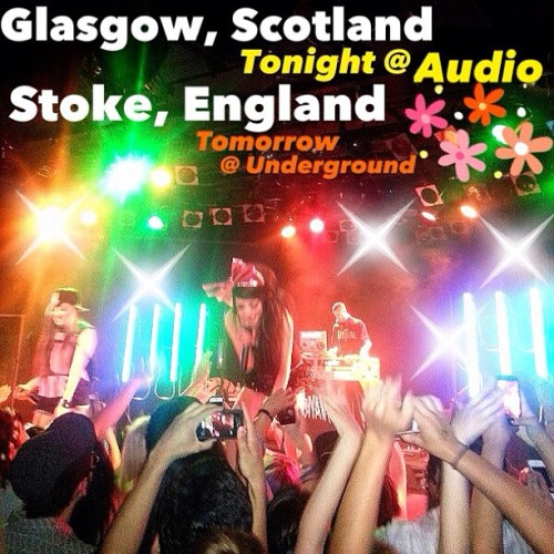 Come party with us tonight in GLASGOW @ AUDIO (not stereo)! & tomorrow in STOKE @ Underground! 🍻🎤🎀🚌🇬🇧💋 @themillionaires #millionaires #melissamarie #allisongreen #melissamarielifestyle #glasgow #stoke #tour #tourlife