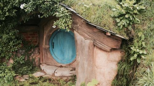 lotr the hobbit hobbiton the shire scenery beautiful i want