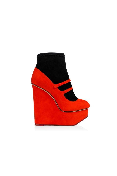 Red High Elevated Shoes