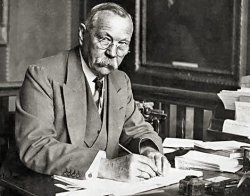 It's the birthday of Sir Arthur Conan Doyle, the creator of master sleuth Sherlock Holmes. He was born on May 22, 1859, in Edinburgh, Scotland. (via weeklylizard:)
