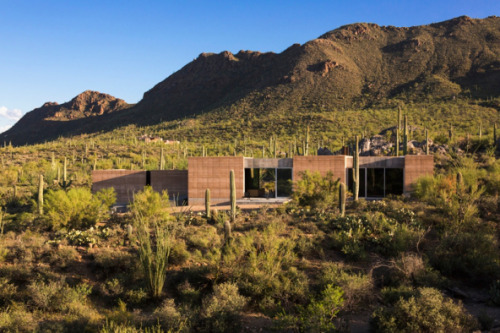 Residential Architecture: Tucson Mountain Retreat by DUST..(via * Residential Architecture: Tucson Mountain Retreat by DUST)