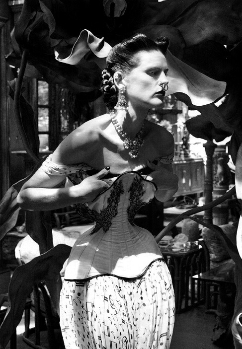 nothingpersonaluk:  The Discipline of Fashion Stella Tennant by Steven Meisel for Vogue Italia September 2011