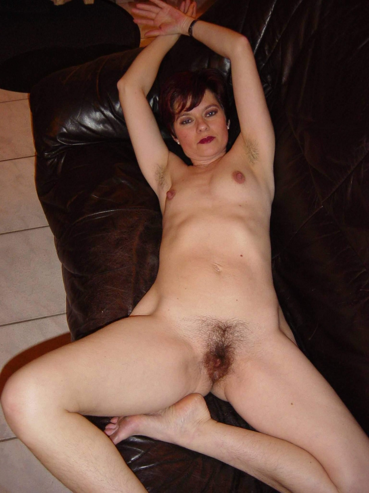 Hairy nude slut movies