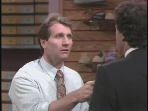 Married with Children - one cap per episode  0111 - WHERE'S THE BOSS