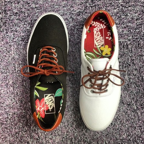sizeofficial:  Vans Era 59 'Aloha' ~ Available in all size? stores and online now ~ Sizes range from 4 - 12UK, priced at £57 #size #vans #era #aloha #vulc #sizehq (at product code: 124706 & 124707)