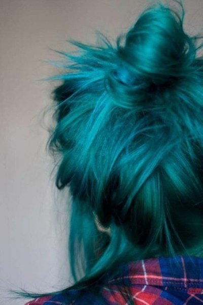Hair on We Heart It. http://m.weheartit.com/entry/55469570/via/Luiza_1999