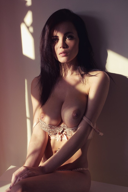 "ajl0058:  dystopiantt:  Emma Glover  ""do i have any choice?"""