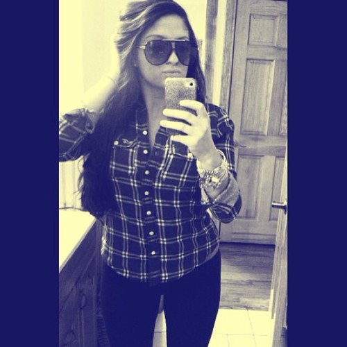 #buttonup #plaid #armaniexchange #sunglasses #alexandani #bangles #bhdc #faded