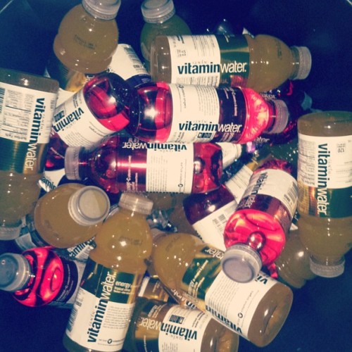My nigga… The #VitaminWater is free…. My nigga….. The #VitaminWater… is FREE… #TAUT