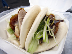 fyeahnomnoms:  Peking Duck Sandwich Stall - Two Buns by CarbZombie on Flickr.