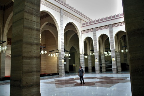 wandering around the grand mosque by myself