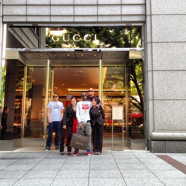 At the Gucci store in Tokyo just got some exclusive ish! (at GUCCI 青山店 (gucci aoyama flagship))