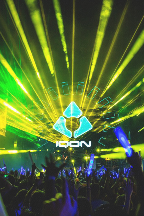 rave-republic:  IQON 2013 by Q-Dance