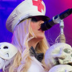 war-destruction:  Maria Brink icons - credits for @smartsoldiers †
