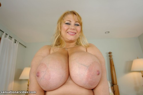 Please click the ads to suport me and big tits: