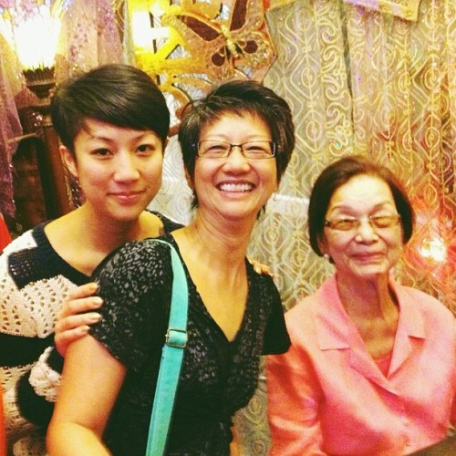 last photo taken of me, mom & lola paz when i was in manila. happy mother's day to them!! 💘