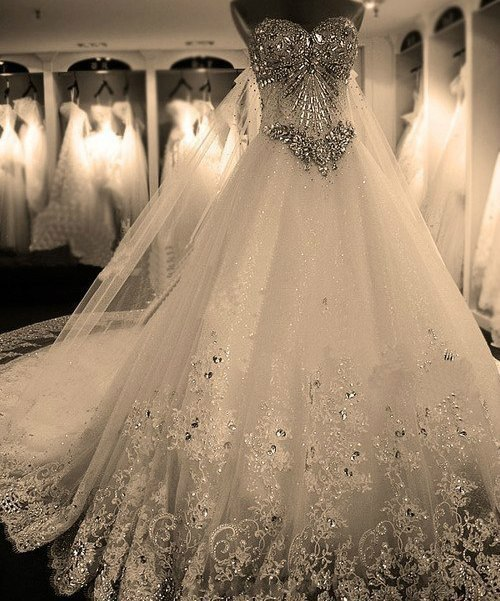 (via 2013 wedding / holy gorgeous.)