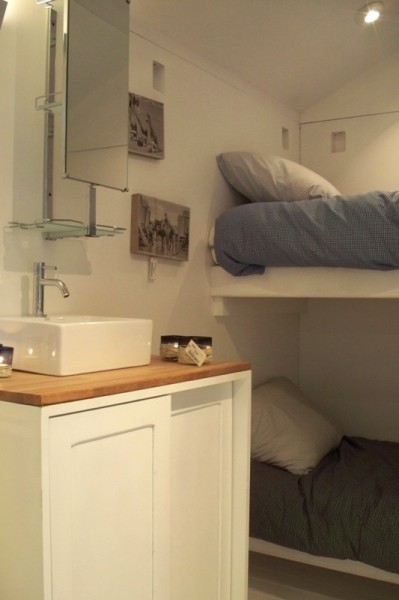 Tiny Bunk Cabin on a TrailerWhy do you want a tiny bunk cabin on a trailer? Is it to put in your backyard for visitors or are…View Post
