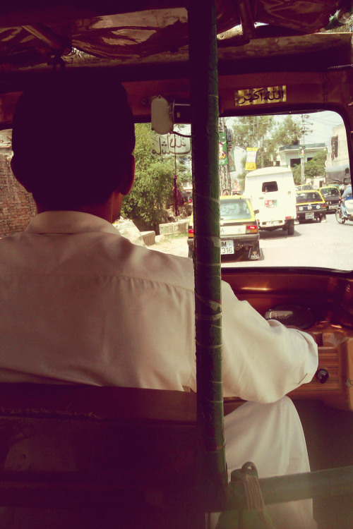 Today's afternoon was spent in a Rickshaw in the city's busy and tight streets. I went with my grandfather in the April spring. There was so much life outside. I went through the same road I do - five days a week to my university - but at 2pm it was completely different. It was filled with people and school boys and girls. A jumpy ride on a street I remembered differently. I needed some things for my work while on the way back grandfather got some flowers. Actually, way alot. It was plain wonderful. The city streets. The sun, the flowers packed in our bags, the ride in the rickshaw - to and back - and grandfather by my side. This was Saturday best.