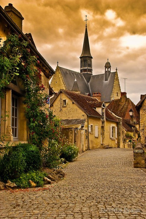 Medieval Village, Montrésor, France photo via danielle