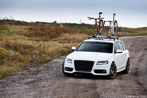 carpr0n:  Weekend offroad Starring: Audi A4 Avant (by jeremycliff)