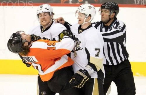 lazybrandhockey18:  Best picture ever!! James and Pauly bromance FTW.