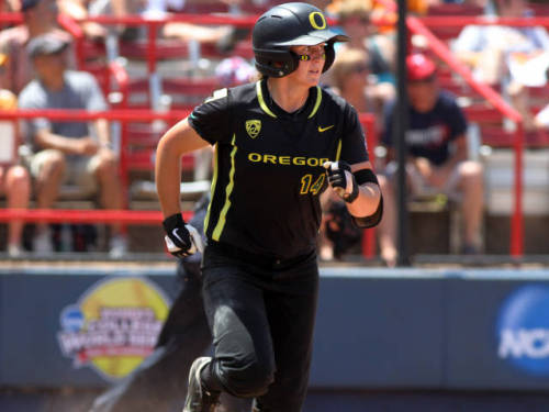 Oregon Softball: No. 3 Ducks To Host NCAA Regionals by Bryan Kalbrosky The Oregon Ducks (46-9, 19-5, Pac-12 champions) softball program will host the NCAA Regional tournament for the 2nd straight year.Students are FREE w/ their ID card. The games will take place between May 16-18 at Howe Field. Oregon will host BYU, UNC and Wisconsin in double-elimination play. Oregon is scheduled to play at 6PM on Thursday, 11am on Friday, and (conditional upon an Oregon victory) 12pm on Saturday.According to GoDucks.com, Oregon has ranked in the top 12 every week this season, including all-time highs of No. 2 and No. 3 in the USA Softball and NFCA polls last week. Additionally, Oregon coach Mike White is 9-0 and has never been defeated regional play.Be sure to follow @OregonPitCrew for coverage during the weekend and click here to confirm you are attending!Click here to follow @OregonPitCrew on Twitter