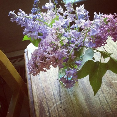 The beautiful bouquet I made from flowers found in the yard. #lilacs #flowers