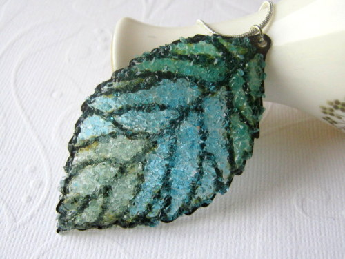 https://www.etsy.com/listing/151734470/stained-glass-leaf-necklace-large-leaf?ref=shop_home_active