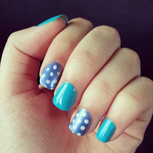 I did my nails last night~ #blue #teal #nails #pokadot