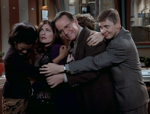 "themicrophoneneverblinks:  Group hug. NewsRadio episode #44: ""Rose Bowl"""
