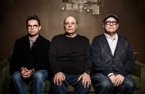 DANA GOULD, EDDIE PEPITONE AND BOBCAT GOLDTHWAITE are… The Stay-At-Home Wilburys! March 20th! Los Angeles. Only at LARGO. http://largo.laughstub.com/show.cfm?id=233786 …