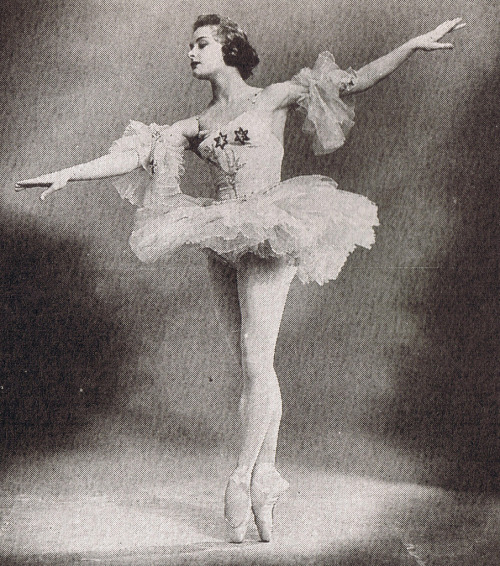 theballetblog:  Kirov Ballet: Alla Sizova in the late 1950's X